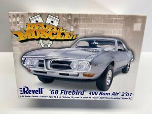 Revel 1:25 Scale 1968 Pontiac Firebird 400 Ram Air 2'n1 Muscle Boxed Model Kit