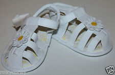 Koala Baby Kids White Infant Sandals Daisy Flower Shoes Size 1 or 0-3 months Nwt