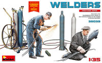 MINIART 38039 - 1/35 scale - WELDERS 2 figures Scale plastic model kit