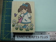 LUCY WATERING HER FLOWERS W/M RUBBER STAMP UR1024 SPRING