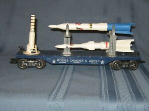 MARX POSTWAR O GAUGE MISSILE LAUNCHER & CARRIER CAR - from CAPE CANAVERAL SET