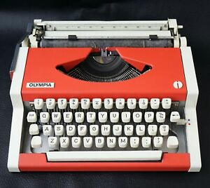 Vintage Olympia Traveller De luxe Typewriter Red/White Portable Manual