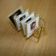 Schallplatten-Ständer mit 4  Hüllen, L: ca. 4,5 cm Puppenzubehör 1:12 #6735