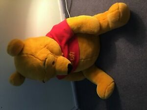 """Giant pooh with bee 32"""""""