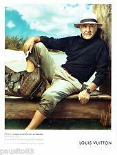 PUBLICITE ADVERTISING 116  2011   Louis Vuitton bagages & Sean Connery