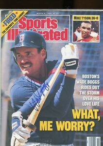 WADE BOGGS BOSTON RED SOX SPORTS ILLUSTRATED signed autographed