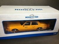 Chevrolet Caprice Classic N.Y.C. Taxi 1985 MCG Model Car Group MCG18038 OVP 1:18