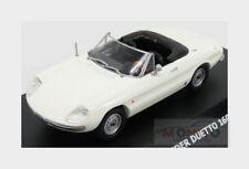 Alfa Romeo Duetto 1600 Spider 1966 White Maxicar 1:43 MAXI10152