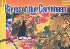 St-Vincent Grenadines Bequia MNH Sc 327 Souvenir sheet Value $ 3.75 US $$  Bird