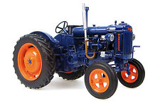 Universal Hobbies 2638 -  Fordson Major E27N Tractor 1:16 scale Boxed