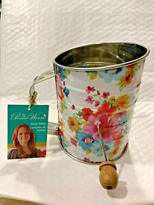 THE PIONEER WOMAN SPRING BOUQUET STAINLESS STEEL HANDHELD CRANK FLOUR SIFTER HTF