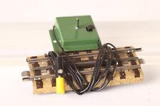 Märklin 00 / H0 alter elektrischer Entkuppler 13600 ek mit grüner Platte (51768)