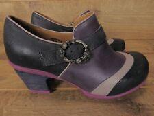 John Fluevog Hopefuls Faith Purple Rose Buckle Shoe 9.5 $329