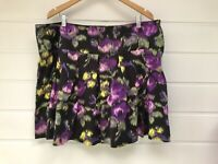 CITY CHIC Plus Size Black Purple Patterned Short Pleated Skirt With Pockets L/20