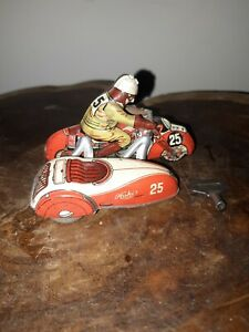 US ZONE GERMANY TIN WIND UP PENNY TOY MOTORCYCLE HUKI WORKS 100% ORIGINAL 1940