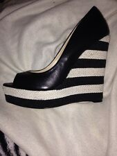 Siren Lecia Wedges BNIb Sz 9 Free Post