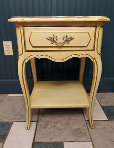 French Nightstand Provincial Henry Link Dixie Hollywood Regency Gold 1 drawer