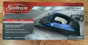 Sunbeam Full Size Steam Master Iron, Black, Retractable Cord New In Box