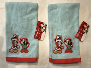 Pair of Disney Christmas Hand Towels Mickey Mouse & Minnie Mistletoe NWT!!