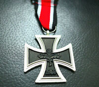 NEW GERMAN IRON CROSS MEDAL 1939 WW2 2ND CLASS REPRO Eisernes Kreuz ARMY BADGE