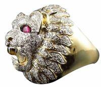 Bague chevaliere Ring motif  Tête de lion  Yeux rouge Tous diamant OR Modèle 54