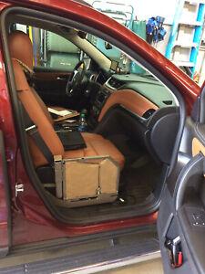 Glide 'n Go Handicap Transfer Seat for 2017 Chevrolet Traverse