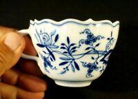 Beautiful Meissen Twin Sword Blue Onion Cup