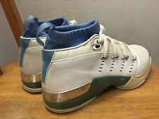 2002 Air Jordan XVII Low (gs) University Blue  (Youth sz. 5.5Y) vintage