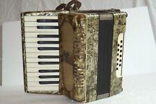 Piano accordion akkordeon WELTMEISTER 12  bass