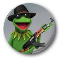 """Kermit the Frog AK47 25mm 1"""" Button Badge - Kids Retro TV 70s 80's Funny Muppets"""