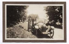 PHOTO ANCIENNE Voiture Auto Automobile Renault Peugeot Citroën vers 1920 Femme
