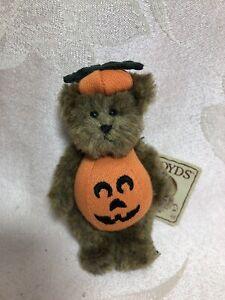 Boyds Bear Mini Halloween Pumpkin Bear