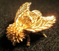 Beautiful 14 k Gold Honey Bee Brooch / Pin from  Gumps in Original Box