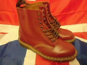 DR MARTENS MADE In ENGLAND 1460 Vintage Boots Oxblood Quilon Leather UK 10 EU 45