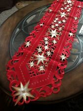 """Christmas Table Runner Star Shimmering Guiding Star Embroidered Design 68"""" L RED"""