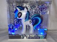 My Little Pony DJ Pon-3 Friendship is Magic SDCC COMIC CON 2013 Hasbro