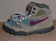 Womens Vintage Nike Hiking Boots High Tops 7.5