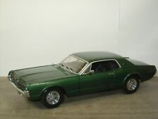 1967 Mercury Cougar XR7 - Sun Star 1:18 *46501