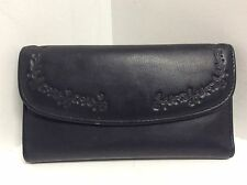 Buxton ladies small leather wallet black floral embossed H42