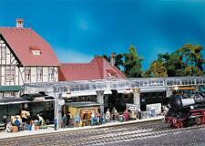 FALLER 120188 - Bahnsteig mit Kiosk 53 Mm