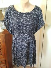 FRIENDS OF COUTURE - Blue & White Dress Floral Vintage Retro PinUp 12