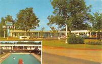 Blakely Georgia~Deep South Motel~Earl F Pickle~Pool~1950s Cars~Postcard