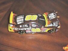 Dale Jarrett #88 UPS Race the Truck!! 2001 Action 1:24
