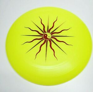 Discraft 175 Gram Ultra-Star Professional Sportdisc 48185 Yellow Yin Yang