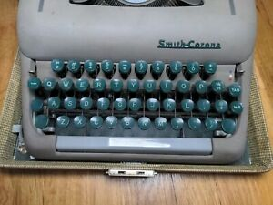 Vintage Smith-Corona Silent Portable Typewriter With Case GREEN Keys.