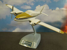 TOPPING PIPER AZTEC AIRPLANE MODEL w/ STAND -- EXCELLENT CONDITION !!