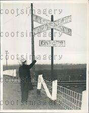 1936 Faded Railroad Grade Crossing Sign Williamsport Maryland Press Photo