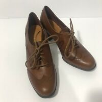 Etienne Aigner Wingtip Heeled Oxford Shoe Leather Lace Up Brown Fall Retro Sz 8