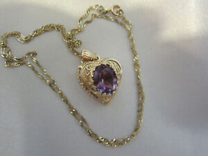 14K Yellow Gold Antique Heart Locket w/3 Carat Amethyst 18 In  Chain