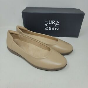 NATURALIZER Flexy Womens Nude Leather Slip on Flat Shoes Comfortable Size 8M